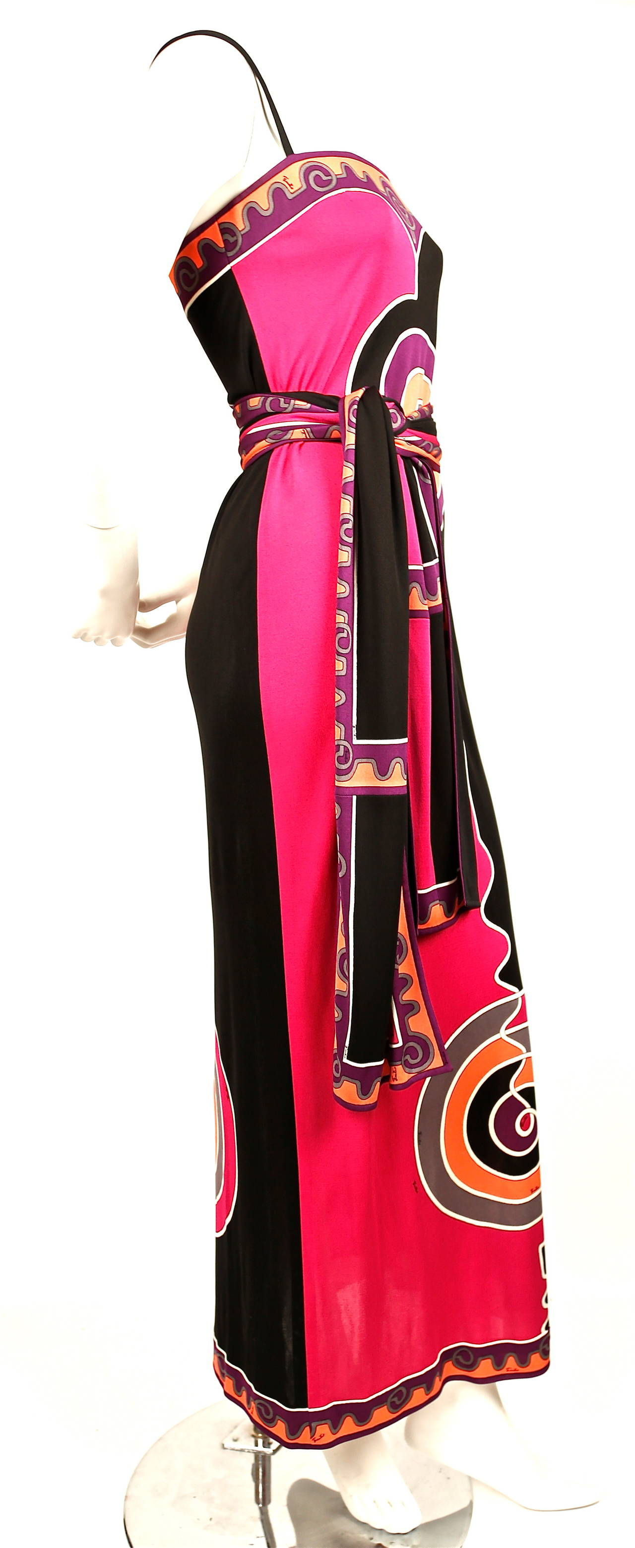 Black Emilio Pucci silk printed jersey dress with matching belt, 1970s For Sale
