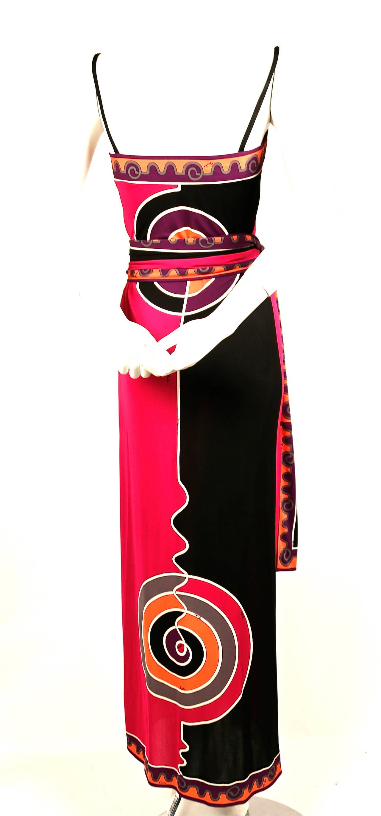 Emilio Pucci silk printed jersey dress with matching belt, 1970s In Excellent Condition For Sale In San Fransisco, CA