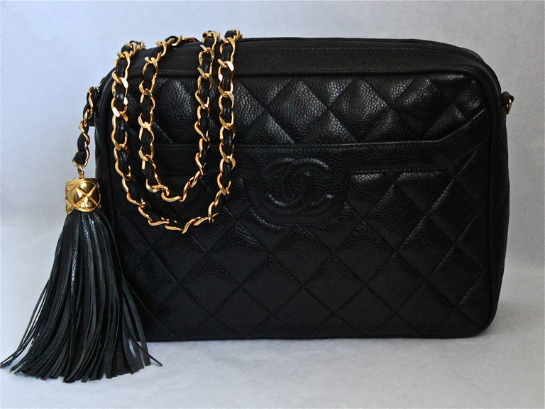 90 S Chanel Black Caviar Quilted Leather Cross Body Bag