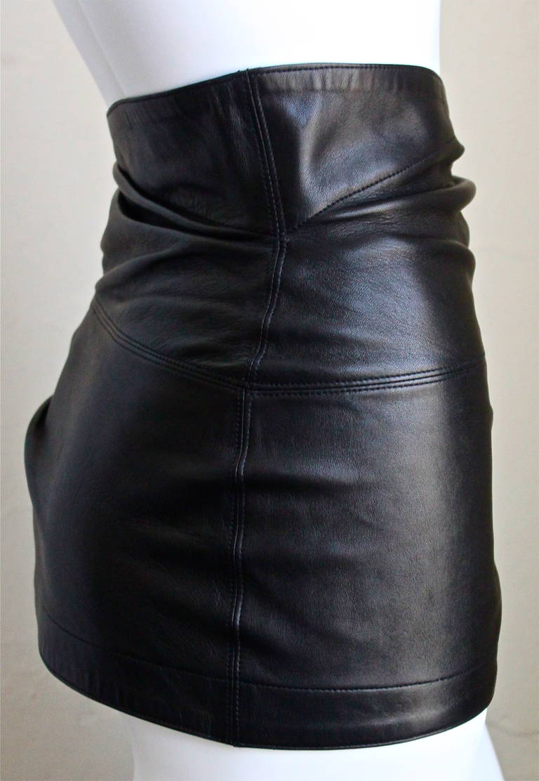 1980'S AZZEDINE ALAIA ultra mini leather skirt with buckles 2