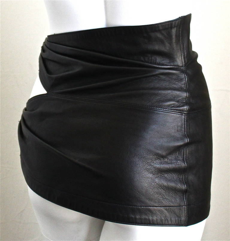 1980'S AZZEDINE ALAIA ultra mini leather skirt with buckles 3
