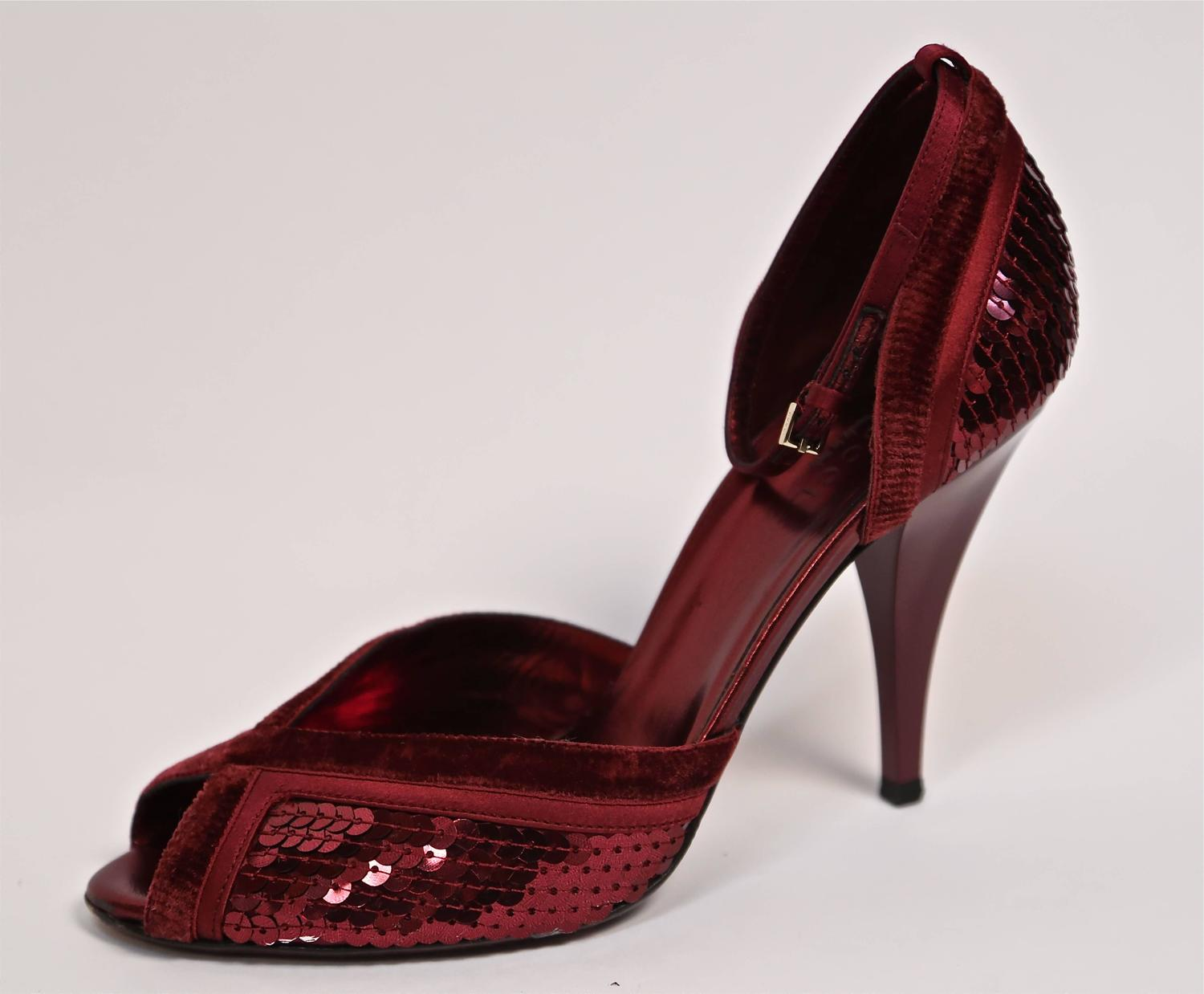 Tom Ford For Gucci Burgundy Sequined Heels 8 At 1stdibs