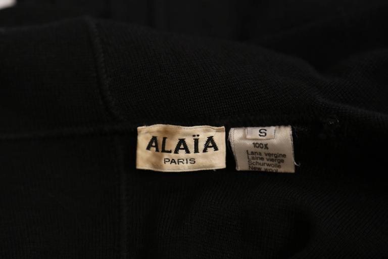 Azzedine Alaia Hooded Black Wool Zipper Dress, 1986  For Sale 5