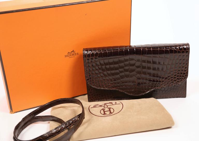 Hermes rich brown porosus crocodile convertible clutch, 1986  For Sale 2