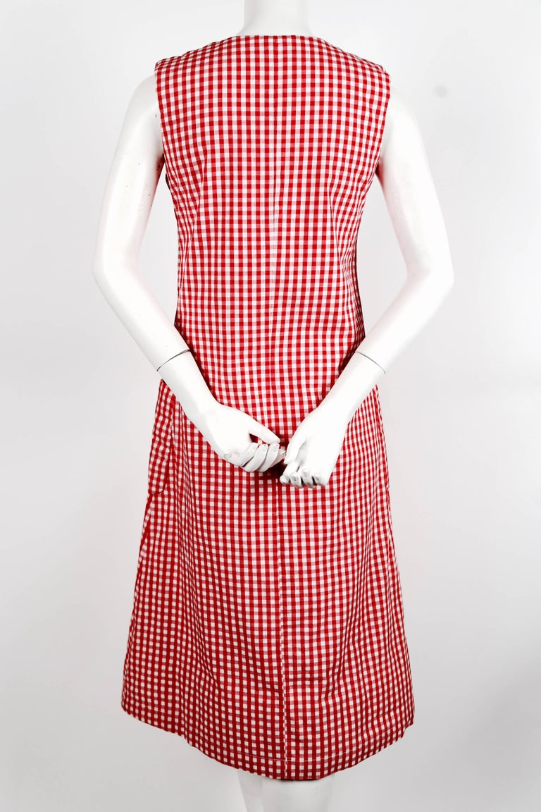 1997 COMME DES GARCONS red gingham padded dress 'BODY MEETS DRESS' In Excellent Condition For Sale In San Francisco, CA