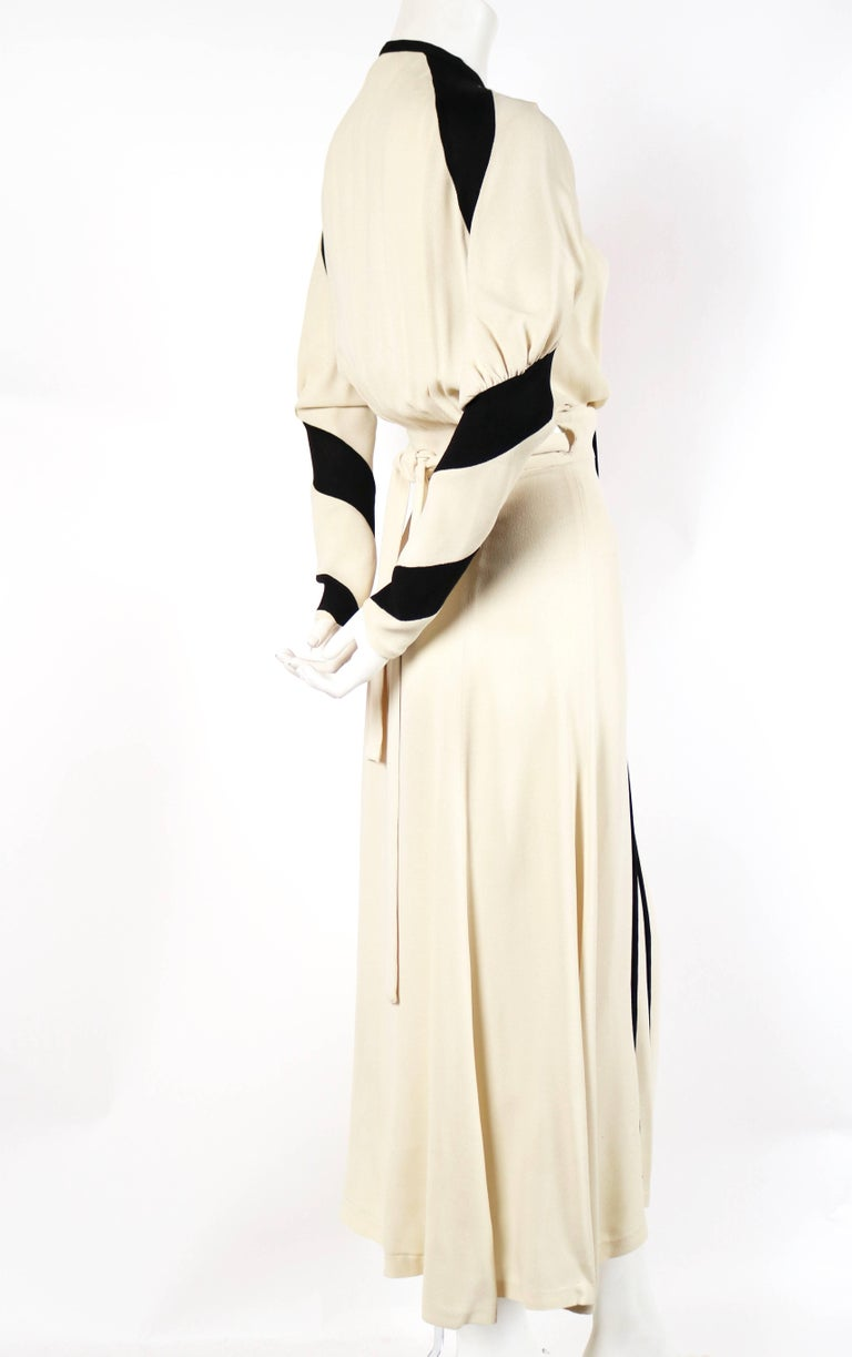 White very rare 1970 OSSIE CLARK for QUORUM moss crepe wrap dress For Sale