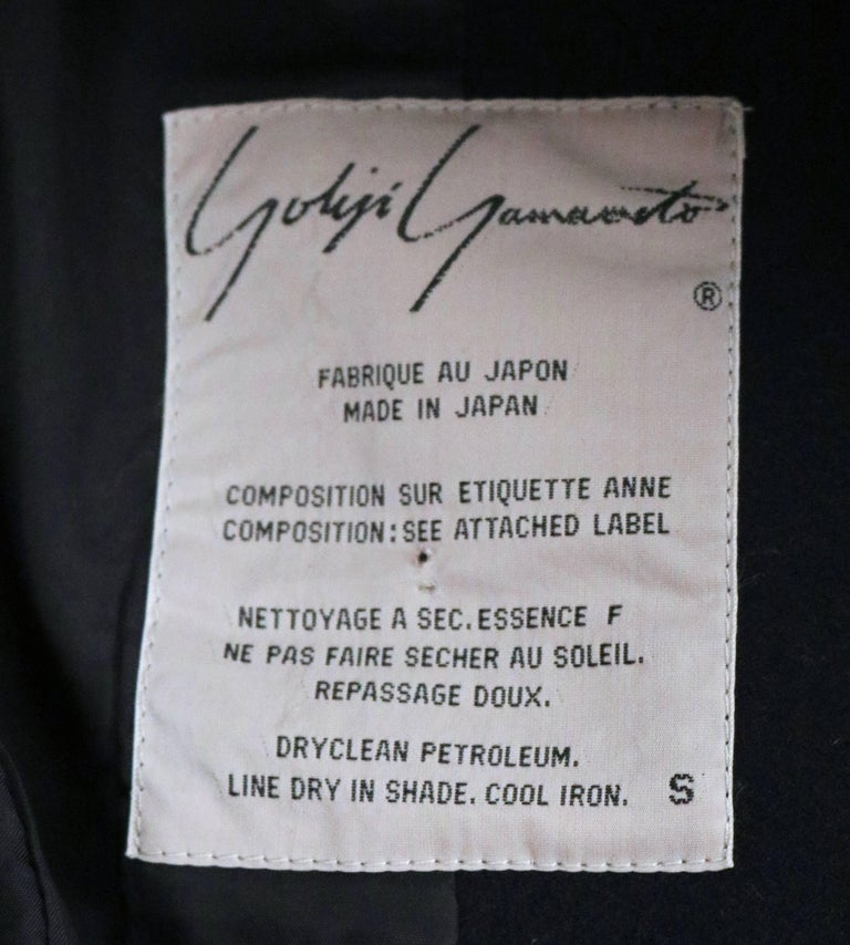 Yohji Yamamoto black wool jacket with carwash hemline, 1980s In Good Condition For Sale In San Fransisco, CA