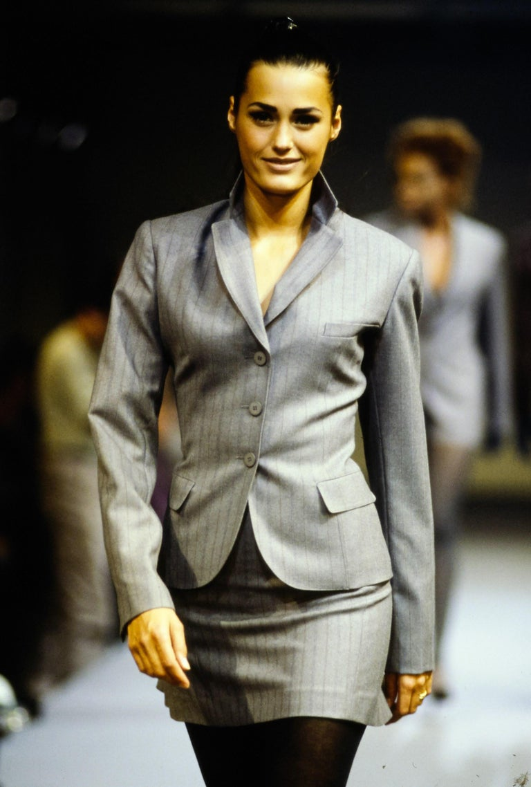 Azzedine Alaia forest green runway suit with burgundy piping, 1990  For Sale 6