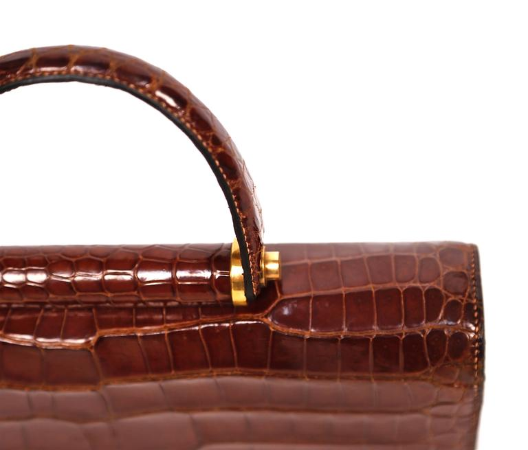Hermes crocodile top handle bag with geometric hardware, 1940s  3