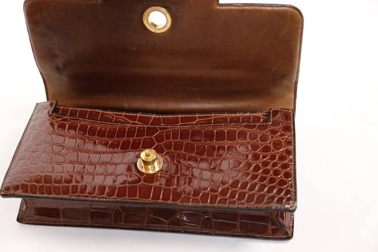 Hermes crocodile top handle bag with geometric hardware, 1940s  8