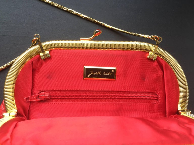 Red Snakeskin Clutch In Good Condition For Sale In New York, NY