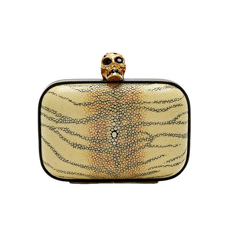 Alexander McQueen Skull Stingray Clutch Small 1