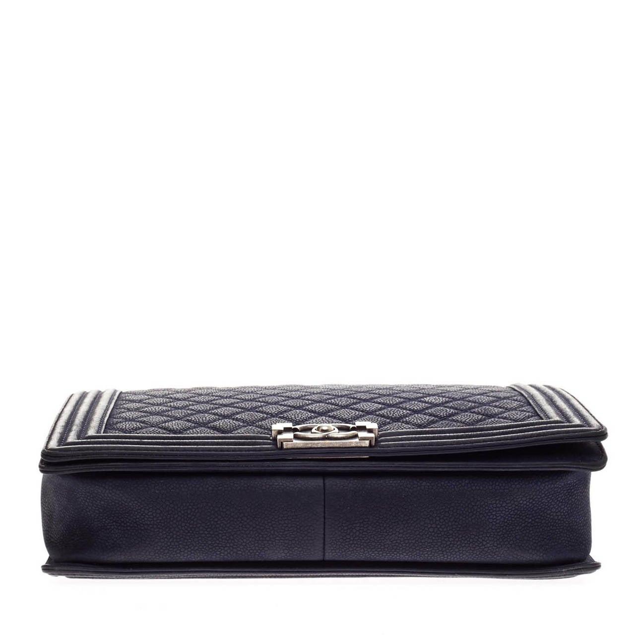 7e2f4c152e811c Chanel Boy Flap Matte Caviar Large For Sale 1