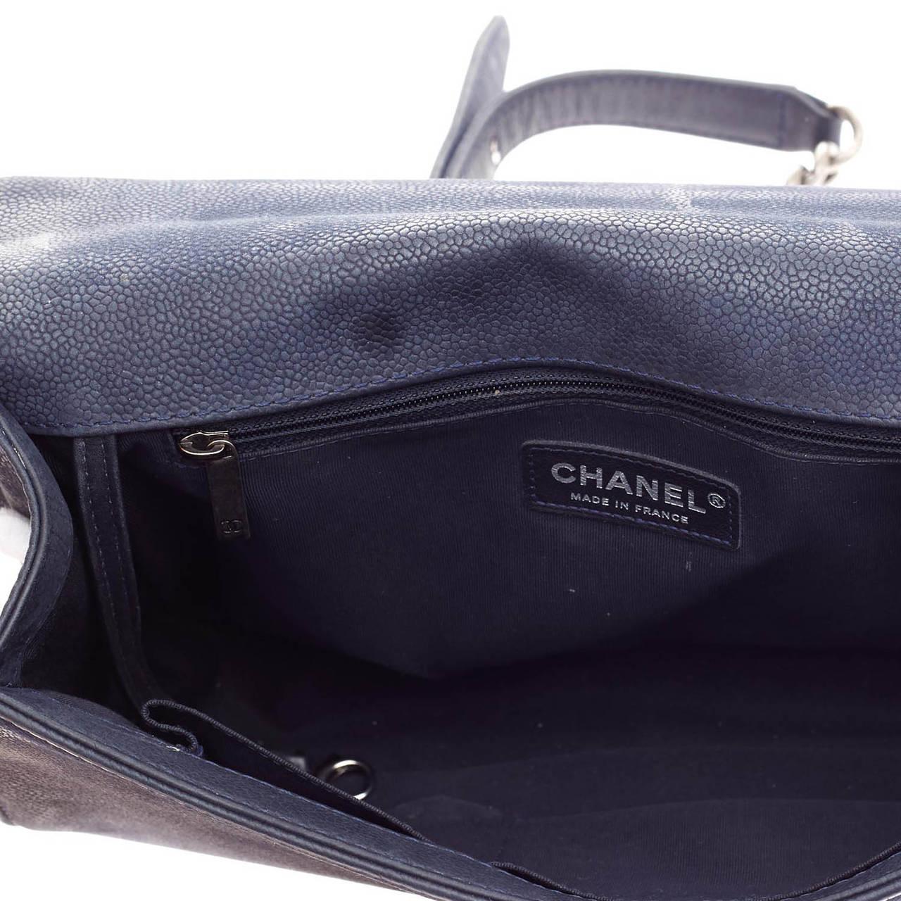 b512ed3ca78421 Chanel Boy Flap Matte Caviar Large For Sale 2
