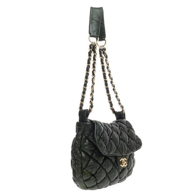 9384c837bbba Chanel Bubble Quilt Flap Bag Lambskin Medium In Good Condition For Sale In  New York,
