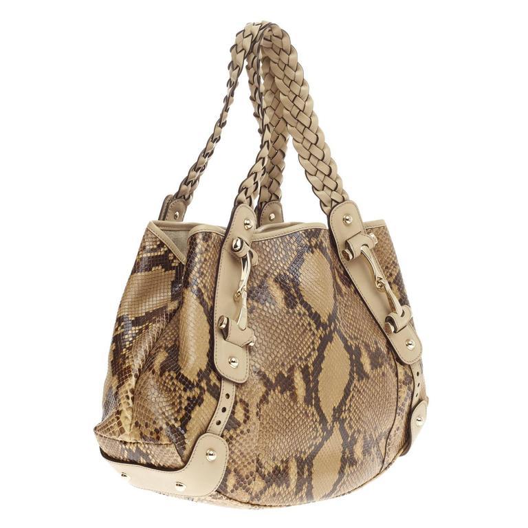 0f1ddfa8cb9a51 Gucci Pelham Shoulder Bag Python Medium In Good Condition For Sale In New  York, NY