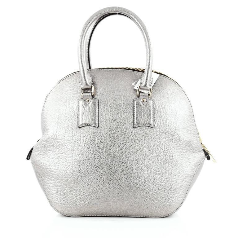 462a2c5a4370 Burberry Orchard Bag Heritage Grained Leather Medium In Good Condition For  Sale In New York