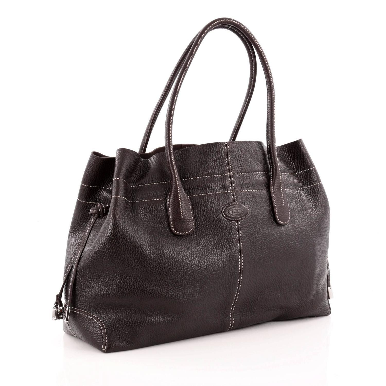 tod 39 s classic d bag tote leather medium for sale at 1stdibs. Black Bedroom Furniture Sets. Home Design Ideas