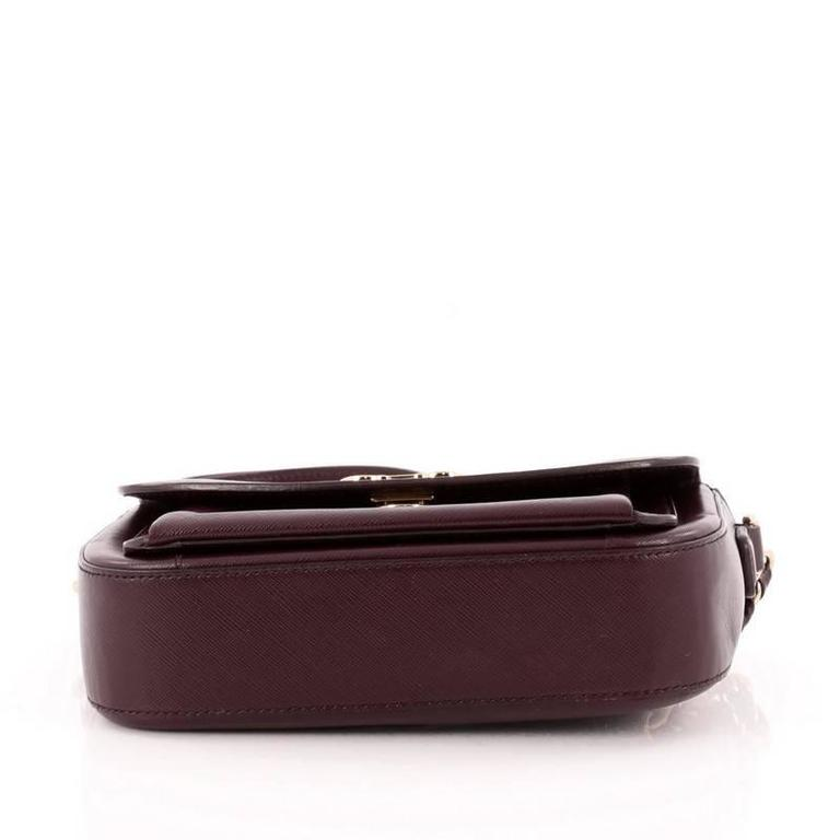 Women's or Men's Salvatore Ferragamo Sandrine Shoulder Bag Leather