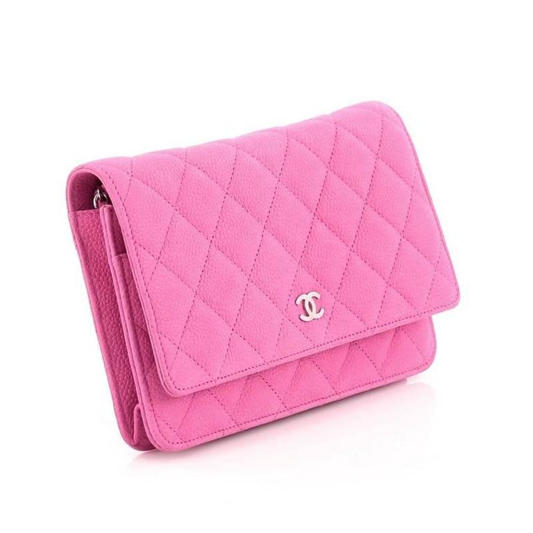 Chanel Wallet on Chain Quilted Matte Caviar In Good Condition For Sale In New York, NY