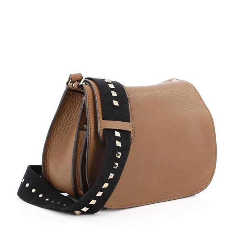 Valentino grained leather rockstud round
