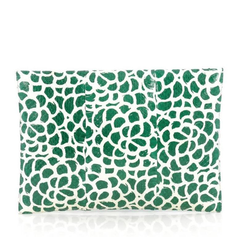 Oscar de la Renta Grafton Flat Envelope Clutch Printed Snakeskin Large In Good Condition For Sale In New York, NY