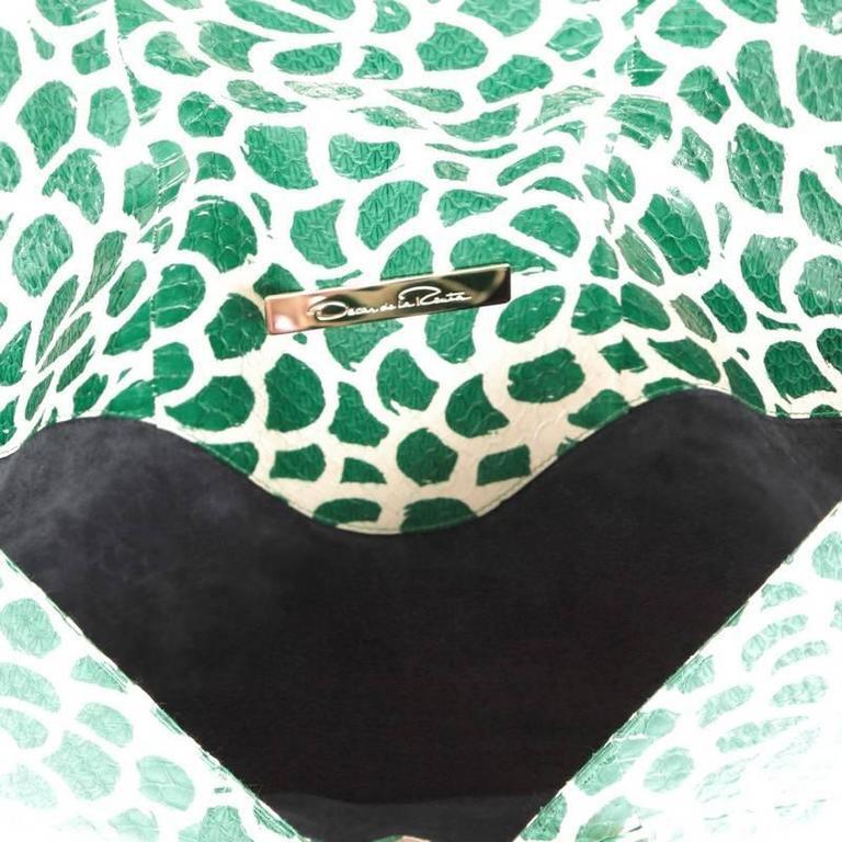 Oscar de la Renta Grafton Flat Envelope Clutch Printed Snakeskin Large For Sale 1
