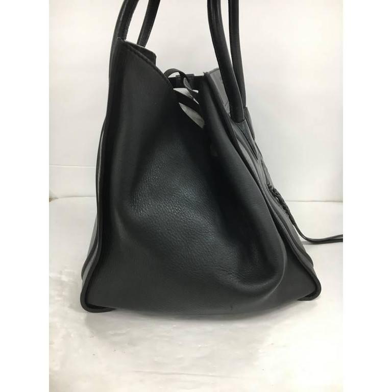 Black Celine Phantom Handbag Grainy Leather Medium For Sale