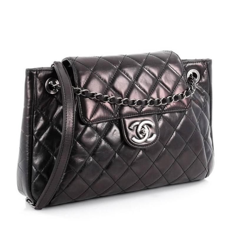 809ba4b72f18f3 Chanel Seoul Accordion Flap Bag Glazed Calfskin Large For Sale at 1stdibs