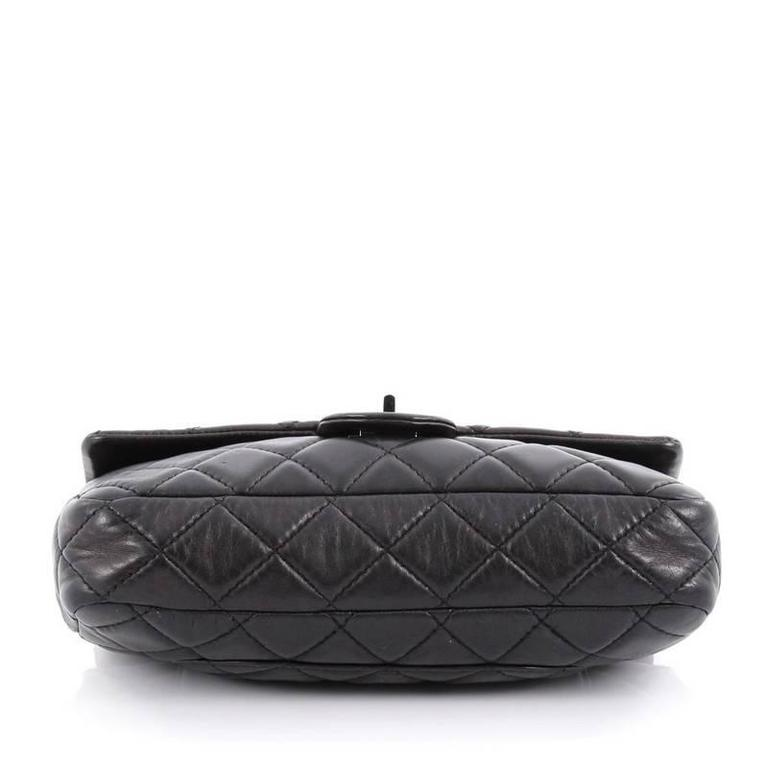 Women's Chanel Reissue Roll Clutch Quilted Lambskin Medium For Sale