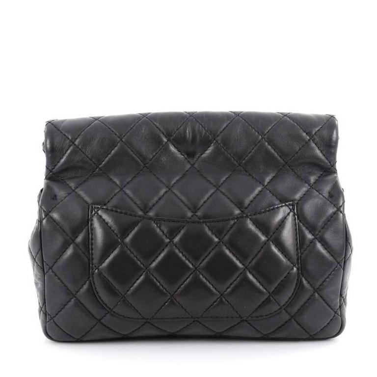Chanel Reissue Roll Clutch Quilted Lambskin Medium In Good Condition For Sale In New York, NY