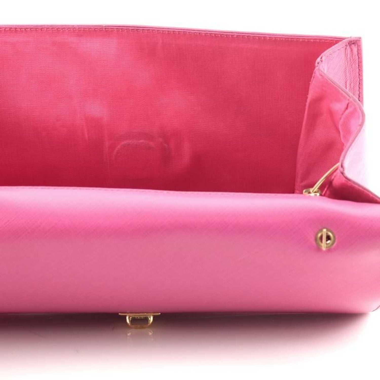 Salvatore Ferragamo Ginny Crossbody Bag Saffiano Leather Medium at 1stdibs 2a64de2ed54d6