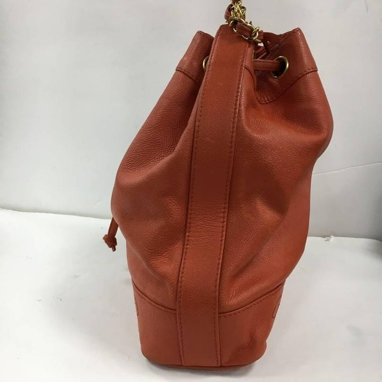 Chanel Vintage CC Drawstring Bucket Bag Caviar Medium In Fair Condition For  Sale In New York 506195e55c039