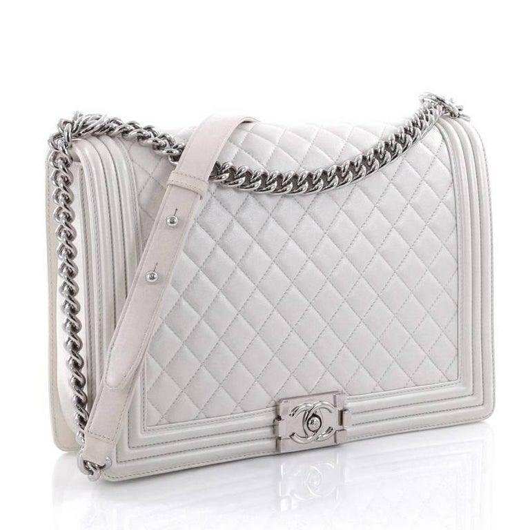471bcce2e4b2 Gray Chanel Boy Flap Bag Quilted Calfskin Large For Sale