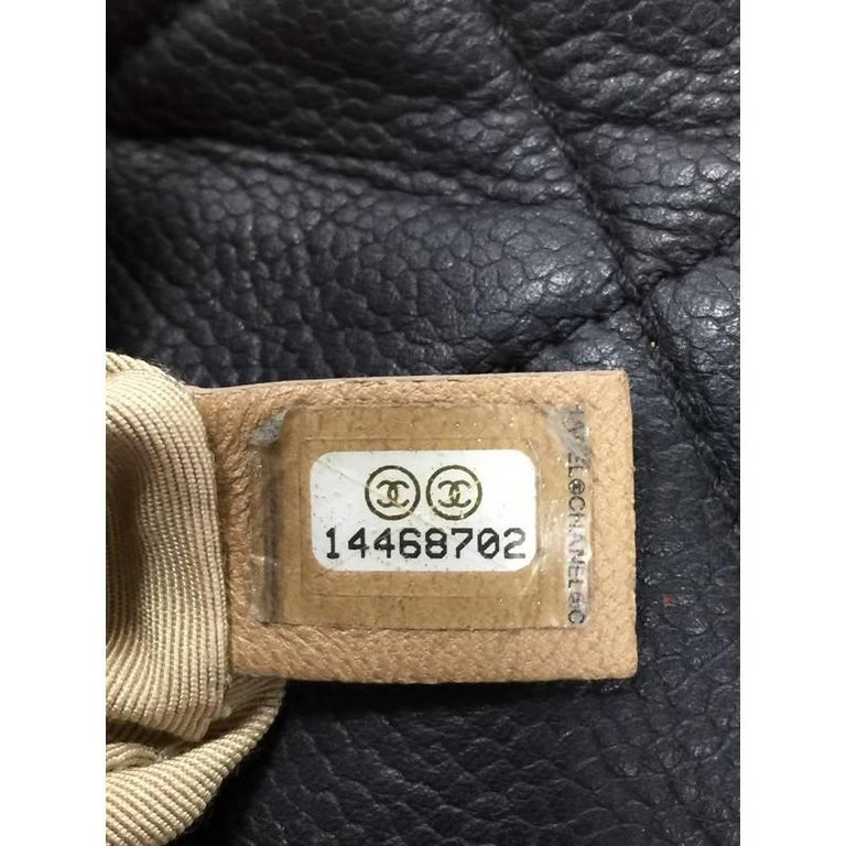 161378b4c227 Chanel Timeless CC Expandable Tote Quilted Caviar Medium For Sale 3