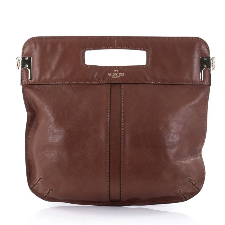 Valentino Glam Lock Convertible Medium Shoulder Bag Leather  In Good Condition For Sale In New York, NY