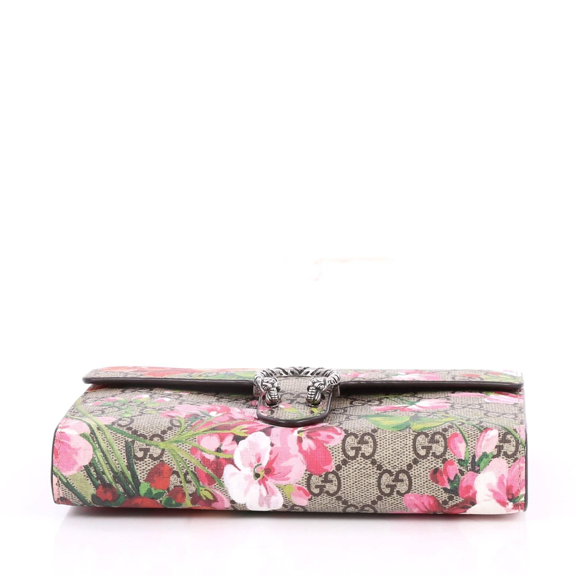 a46e7f31386 Gucci Dionysus Chain Wallet Blooms Print GG Coated Canvas Small at 1stdibs .
