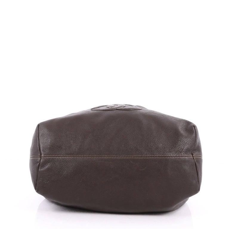 e8a1a802de8387 Women's or Men's Chanel Vintage CC Drawstring Chain Shoulder Bag Leather  Small For Sale