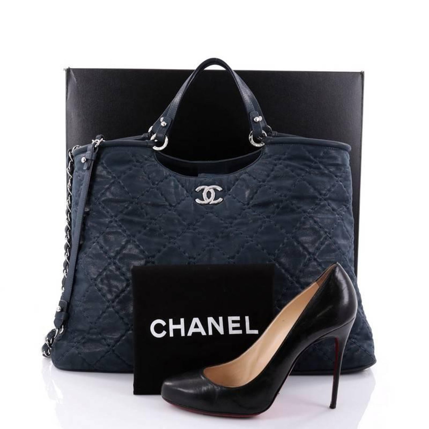 cbe167ea8752 Chanel CC Sea Hit Tote Quilted Iridescent Calfskin Large at 1stdibs