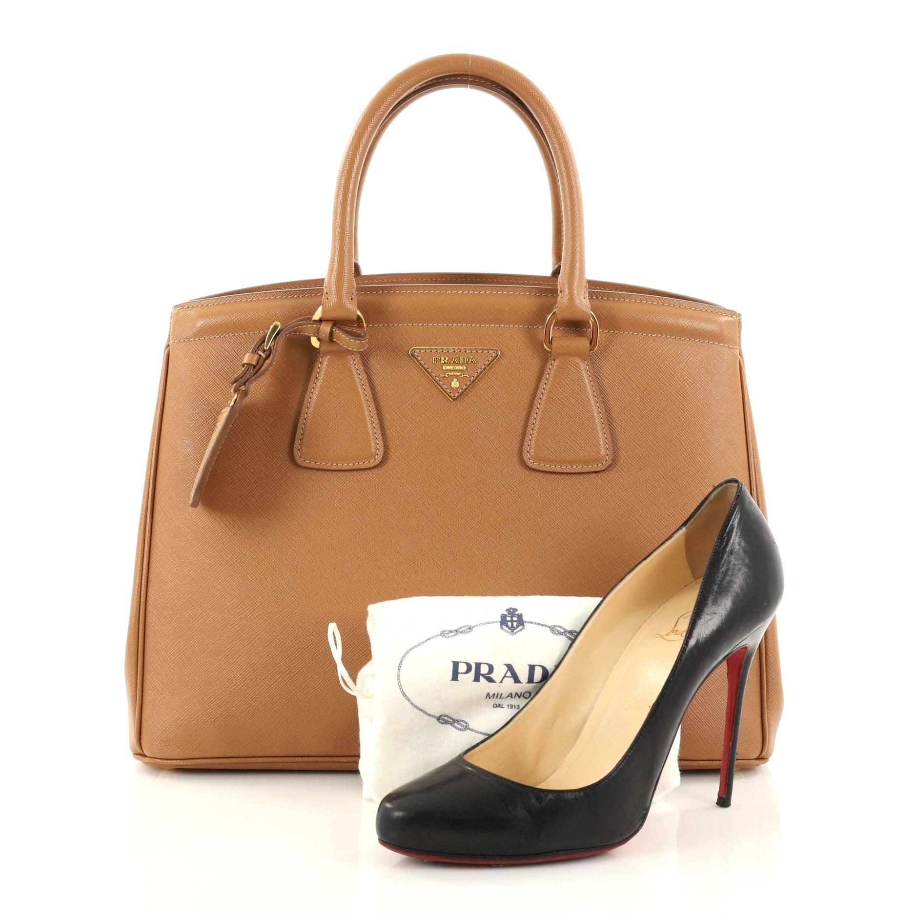 Prada Saffiano leather medium tote dkNTi1mf3