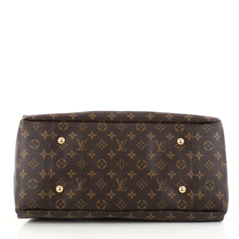 ab3dbdd2884a Women s Louis Vuitton Artsy Handbag Monogram Canvas MM For Sale