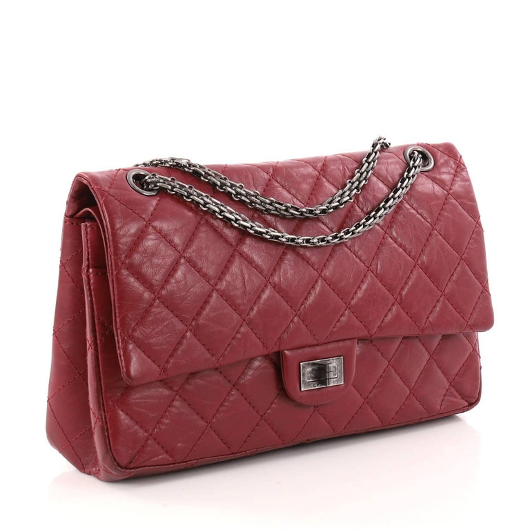 082863b15ea401 Brown Chanel Reissue 2.55 Handbag Quilted Aged Calfskin 226 For Sale