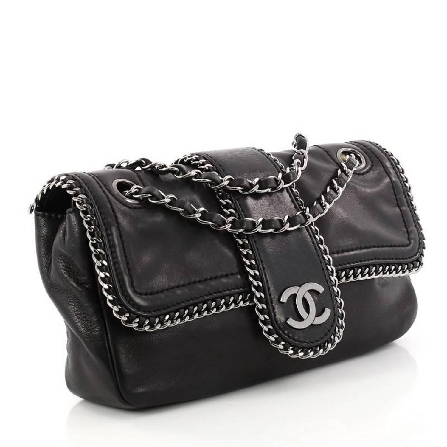 52604d69a76e7a Chanel Madison Flap Bag Leather Medium at 1stdibs
