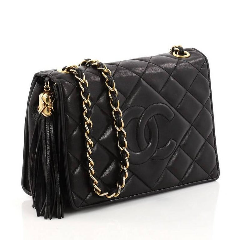 60ac44589fe1cc Black Chanel Vintage Diamond CC Flap Bag Quilted Lambskin Mini For Sale