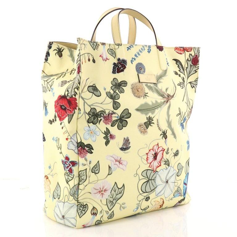 e45b883a2 Beige Gucci G-Active Knight Tote Flora Canvas Tall i For Sale