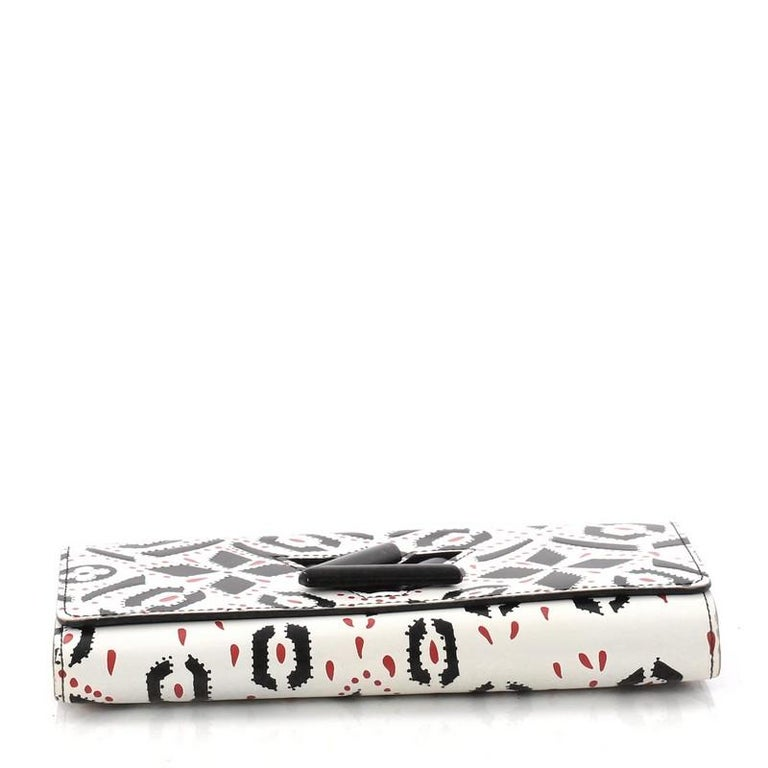 Women's Louis Vuitton Twist Wallet Limited Edition Graphic Leather For Sale