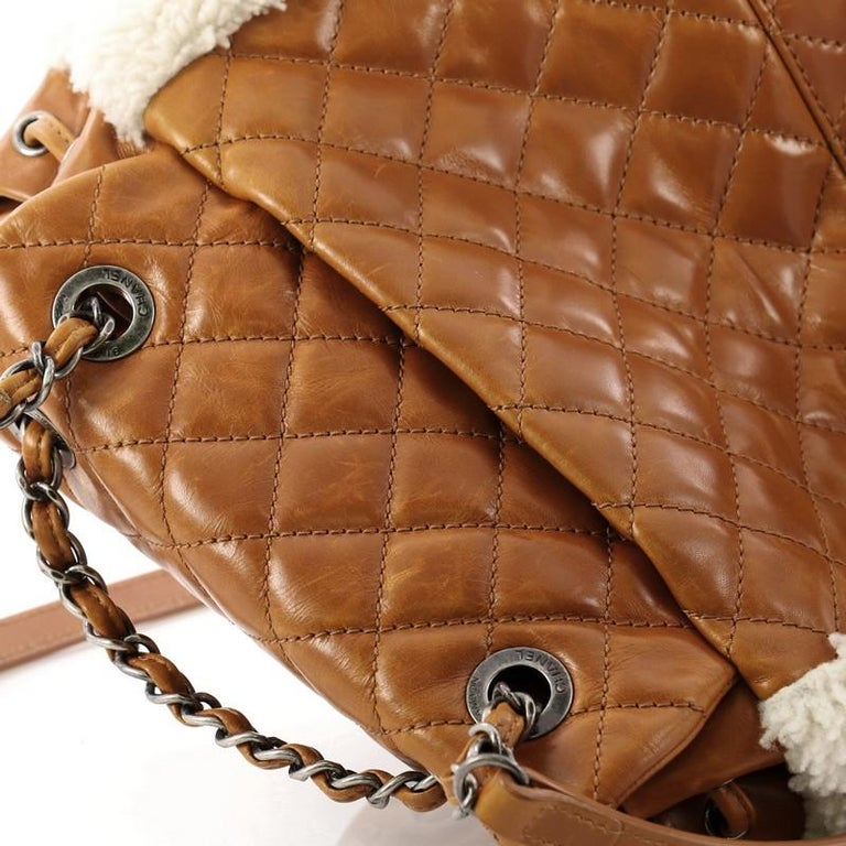 445e99df47a5 Chanel Mountain Backpack Shearling with Quilted Calfskin Small For Sale 2