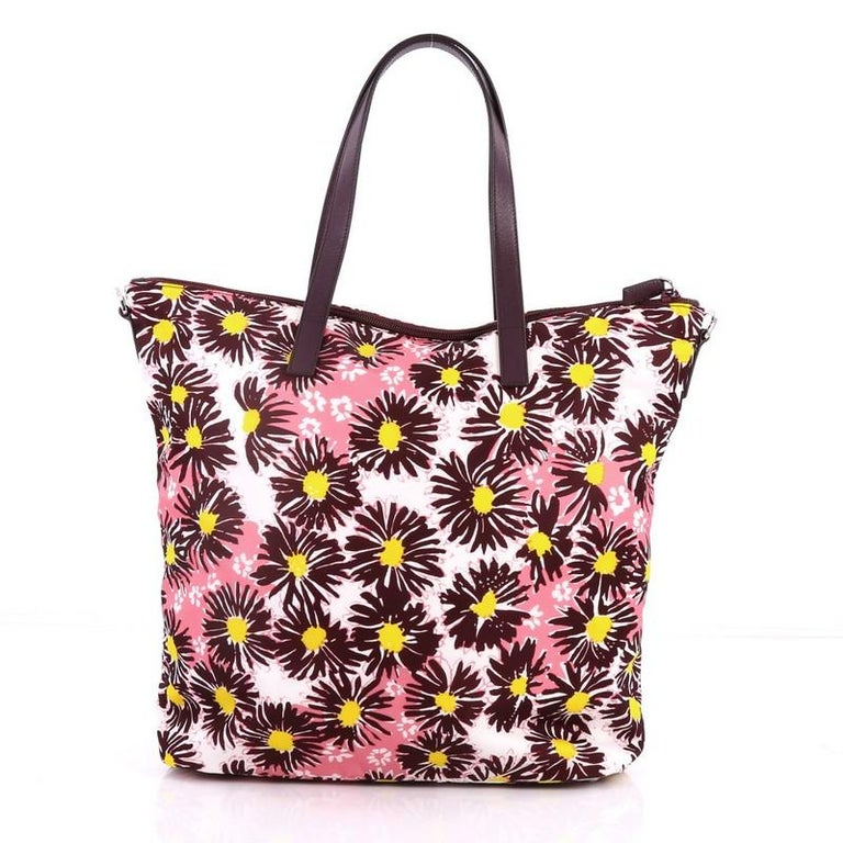 Prada Convertible Tote Printed Tessuto With Saffiano Large In Good Condition For Sale In New York, NY