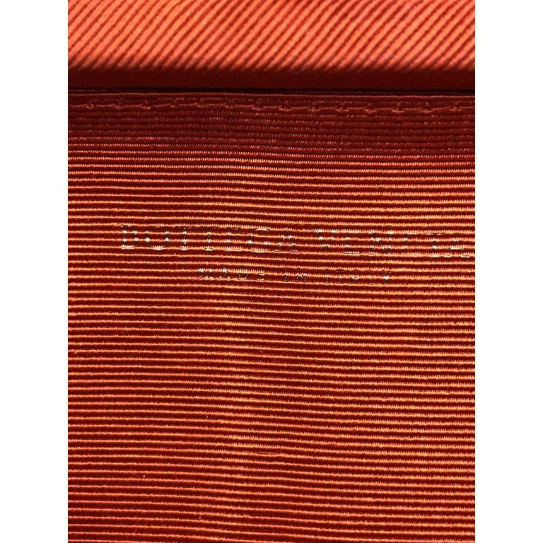 Bottega Veneta Box Knot Clutch Intrecciato Silk Faille Long For Sale 3