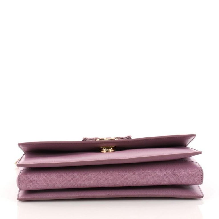 ... Good Condition For Sale In New York. Women s or Men s Salvatore  Ferragamo Ginny Crossbody Bag Saffiano Leather Medium For Sale 8459409b1c2fd